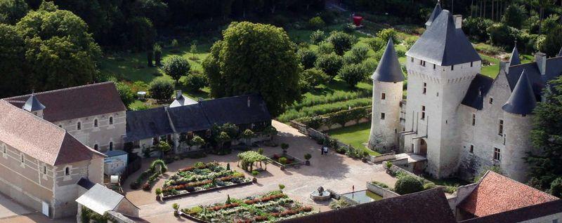Chateau-conte-fee-rivau